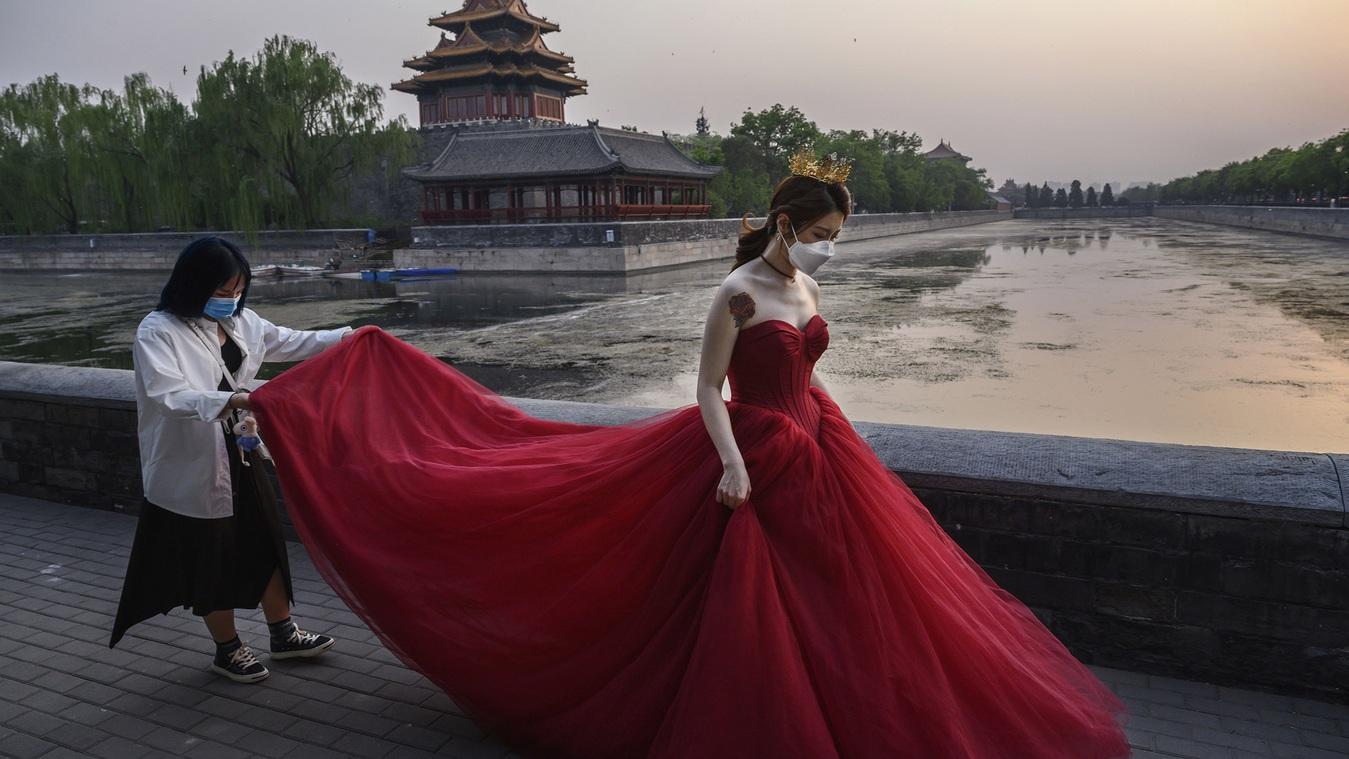 Nỗi ám ảnh từ hôn nhân của phụ nữ Trung Quốc