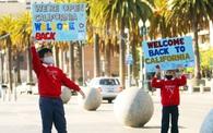 Mỹ: Bang New York và California gỡ bỏ các hạn chế phòng chống Covid-19