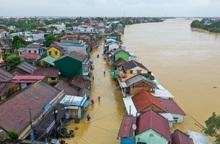 2 tuần có 106 người chết, 27 người mất tích do mưa lũ ở miền Trung