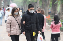 """Giám đốc Sở Y tế Hà Nội: Cần phạt """"nguội"""" việc không đeo khẩu trang nơi công cộng"""