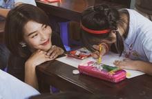 Khả Ngân, Quốc Anh mang niềm vui đến lớp học của những em nhỏ đặc biệt