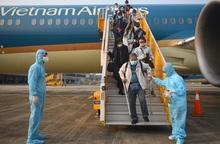 Bộ Giao thông Vận tải yêu cầu Vietnam Airlines kiểm điểm rõ trách nhiệm vụ vi phạm quy chế cách ly