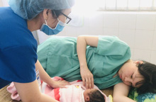 Sinh con khi cách ly Covid-19, mẹ đặt tên là Quảng Nam để nhớ về ân tình của y bác sĩ