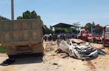 Vụ xe tải đè xe con khiến 3 người tử vong: Hé lộ nguyên nhân cháu bé thoát chết