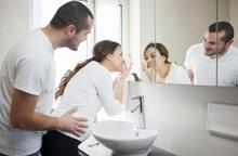 6 chất trong các sản phẩm làm đẹp dễ gây hại cho cả mẹ và thai nhi