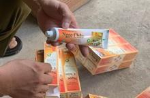Vô tư bày bán kem đánh răng dược liệu Ngọc Châu có dấu hiệu giả mạo