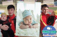 9X Việt sinh con với chồng Hàn, bé ra đời được cả dàn cầu thủ U23 bế
