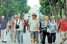 Chưa mở cửa cho khách du lịch quốc tế nhập cảnh