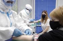 Hơn 20 nước đặt hàng 1 tỉ liều vaccine mới ngừa Covid-19 của Nga