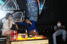 Bắt quả tang quán karaoke ở Hải Phòng hoạt động giữa dịch Covid-19