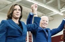 """""""Obama phiên bản nữ"""" được chọn làm đối tác tranh cử của ông Joe Biden trong cuộc đua vào Nhà Trắng"""