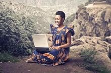 Mở ra cơ hội cho phụ nữ châu Phi đến với công nghệ