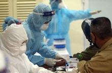 Thêm 10 ca mắc mới, quyết liệt kiểm soát lây nhiễm Covid-19 tại cơ sở y tế