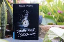 Tặng sách và khẩu trang cho người dân và bác sĩ Đà Nẵng