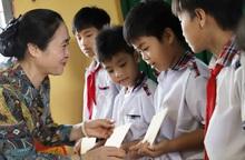 """Hội LHPN Việt Nam tiếp tục hành trình """"Tết yêu thương"""" ở Long An"""