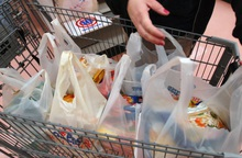 4 cách đi chợ tưởng tiết kiệm, hóa ra lại lãng phí cả đống tiền
