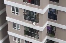 Phép màu đến với  cháu bé rơi từ tầng 12 chung cư 60B Nguyễn Huy Tưởng
