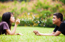 Để con gái tuổi teen an toàn khi yêu
