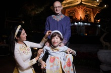 Người khuyết tật lọt Top 100 phụ nữ có tầm ảnh hưởng thế giới trình diễn áo dài Ngọc Hân