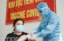TPHCM kiến nghị Thủ tướng cho doanh nghiệp chủ động tìm nguồn vaccine ngừa Covid-19