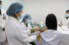 """Vaccine phòng Covid-19 """"Made in Việt Nam"""" xin cấp phép khẩn cấp có giá dự kiến thấp nhất thế giới"""