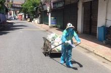 Cửa hàng 0 đồng và những người phụ nữ kéo xe thồ phát lương thực