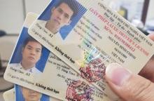 5 công dân đầu tiên được cấp đổi Giấy phép lái xe qua mạng