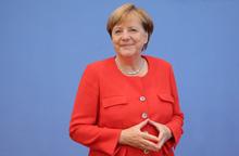Bà Angela Merkel 9 năm liền là người phụ nữ ảnh hưởng nhất thế giới