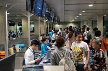 Lo tắc đường, hành khách nên có mặt ở sân bay trước 3 tiếng