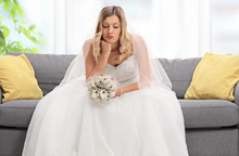 Chú rể chê váy cưới quá đắt, cô dâu liền hủy hôn lễ