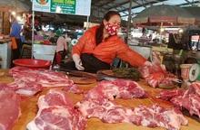 Lợi dụng dịch Covid-19, tiểu thương nâng giá thịt lợn