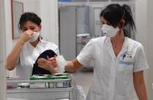 Thế giới thiếu 6 triệu điều dưỡng viên để chống dịch Covid-19