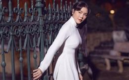 Lý Nhã Kỳ nền nã với áo dài trắng