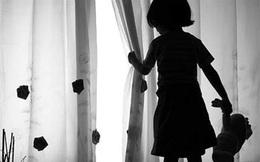 TPHCM: Nghi án bé gái 4 tuổi bị hàng xóm dâm ô rồi cho lon nước ngọt