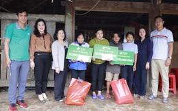 Thăm hỏi, động viên và hỗ trợ nhân dân vùng lũ Hà Tĩnh