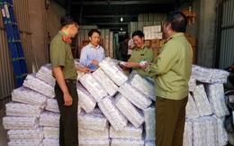 Phát hiện trên 4.000 gói băng vệ sinh giả đang bày bán trên thị trường
