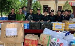 Hội phụ nữ Phòng cảnh sát cơ động công an 2 tỉnh ủng hộ đồng bào bị ảnh hưởng bởi bão lụt