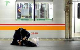 Nhật Bản: Số người tự tử tăng liên tiếp 10 tháng qua