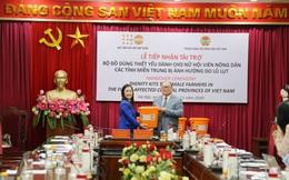 UNFPA hỗ trợ bộ đồ dùng cứu trợ khẩn cấp cho phụ nữ 3 tỉnh miền Trung