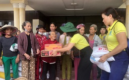 Phụ nữ Chí Linh trao tặng hơn 900 triệu đồng cho phụ nữ, trẻ em vùng lũ