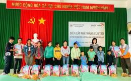World Vision Việt Nam hỗ trợ 10.000 hộ gia đình chịu ảnh hưởng của bão lụt ở miền Trung