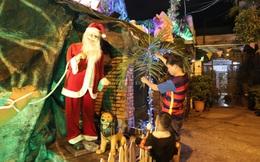 """Những con hẻm xóm đạo """"khoác áo"""" mới lung linh mùa Giáng sinh về"""