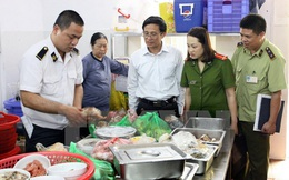 An toàn thực phẩm dịp Tết: Kiểm nghiệm tại chỗ để phát hiện sai phạm