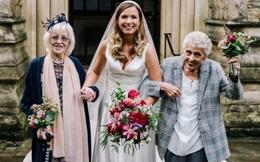 Đám cưới thời Covid-19: Bà nội, bà ngoại cùng làm phù dâu cho cháu
