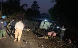 Điều tra làm rõ nguyên nhân xe tải chở lợn tông tử vong 2 bố con