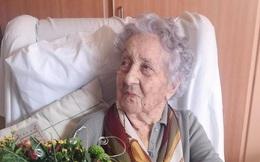 Cụ bà cao tuổi nhất thế giới chiến thắng Covid-19 với chỉ bằng chữa trị tại nhà