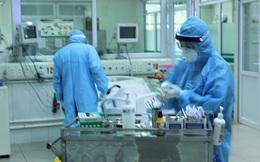 Nữ bác sĩ BV Nhiệt đới TƯ và 6 bệnh nhân COVID-19 được công bố chữa khỏi