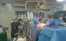 Chuyến bay khẩn cấp trong đêm mang 2 lá gan từ Hà Nội vào TPHCM ghép cho 1 phụ nữ bị xơ gan