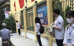 """Hà Nội: Công an cảnh báo """"kẻ bí ẩn"""" dụ dỗ nam sinh trước cổng trường"""