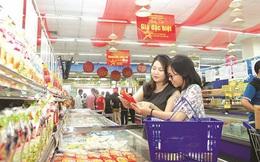 """""""Mưa"""" khuyến mại tại Hà Nội, nhiều mặt hàng giảm giá đến 100%"""